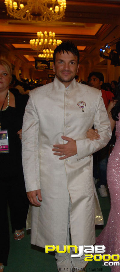 Peter Andre On The Green Carpet (IIFA Awards 2009)