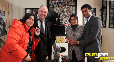 Cast and crew celebrate with Gurinder Chadha as filming of 'It's A Wonderful Afterlife' begins - left to right - Gurinder Chadha, Mark Addy, Goldy Notay, Sendhil Ramamurthy
