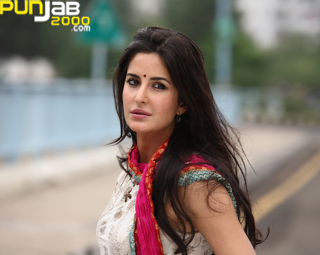 British Bollywood babe Katrina Kaif held onto her crown as the sexiest woman in the world for a third year in a row.