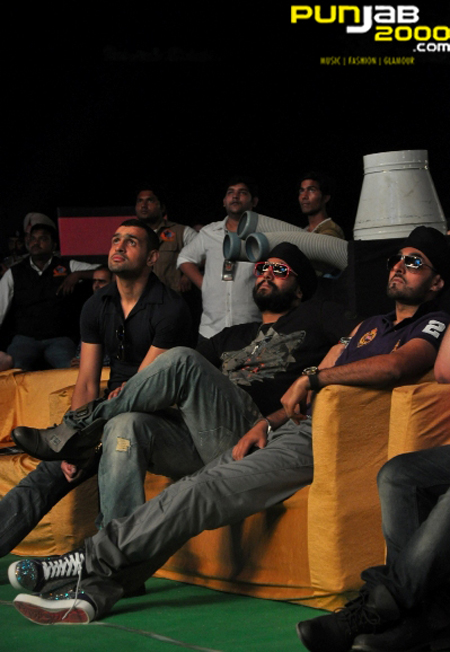 BOLLYWOOD HIT MAKERS RDB PACK A PUNCH IN PUNJAB, INDIA