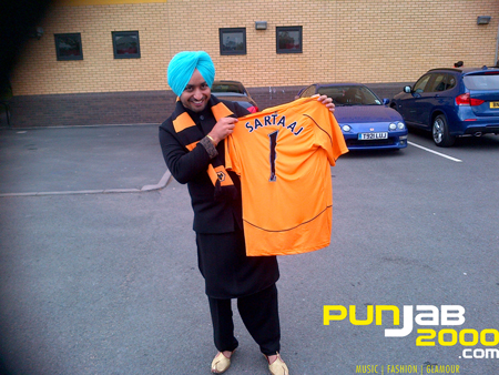 International Sufi singer Satinder Sartaaj visits Wolverhampton