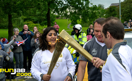 Bend It Like Beckham Director Gurinder Chadha Carries Olympic Torch!