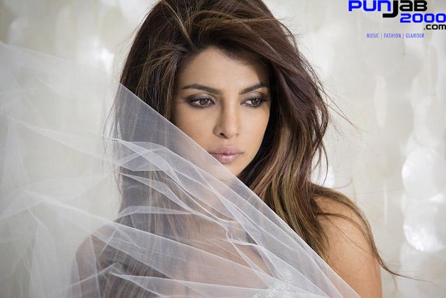 Priyanka-Chopra-White6