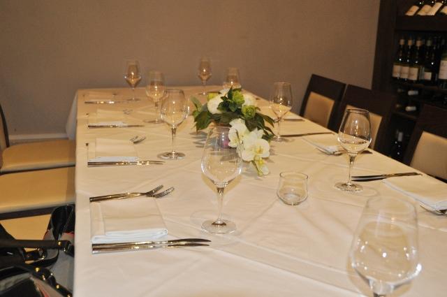 Spice Room table setting at Tapasya, Hull
