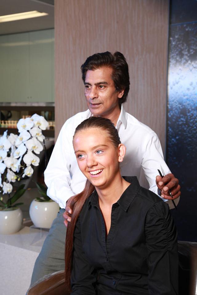Asgar-Saboo-Hairstylist-(2)