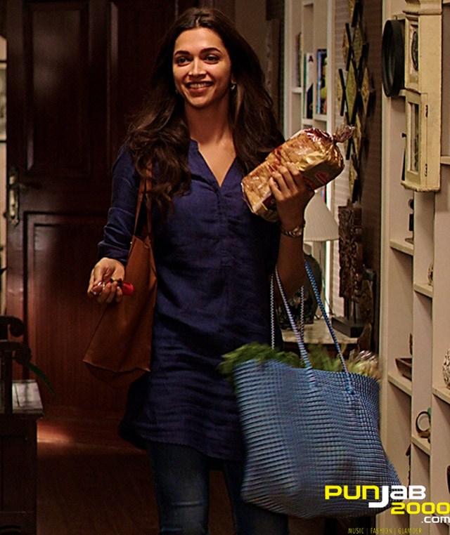 Deepika-Padukone_Seven-Looks-in-PIKU_Look-4-Grocery-Casual-Look