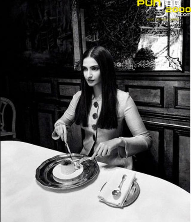 Sonam_Kapoor_Vogue_April2015_Dinner