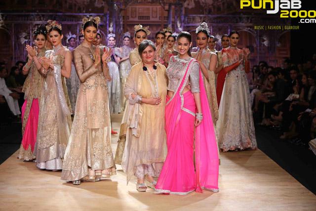India-Couture-Week-2014-Ileana-D'Cruz