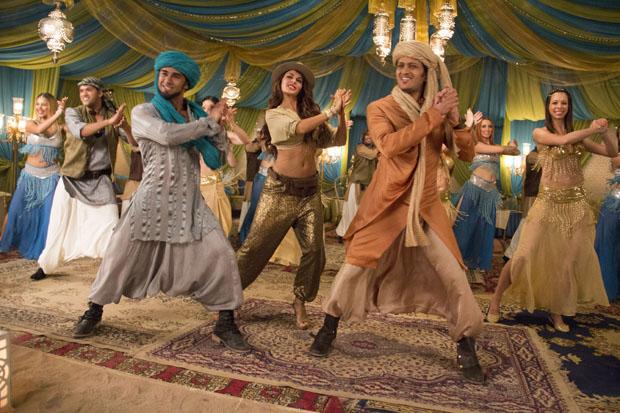 Pulkit Samrat,  Jacqueline Fernandez & Riteish Deshmukh Arabian Dancing Reduced