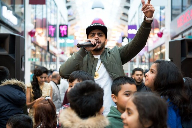 Juggy D performing at East Shopping Centre