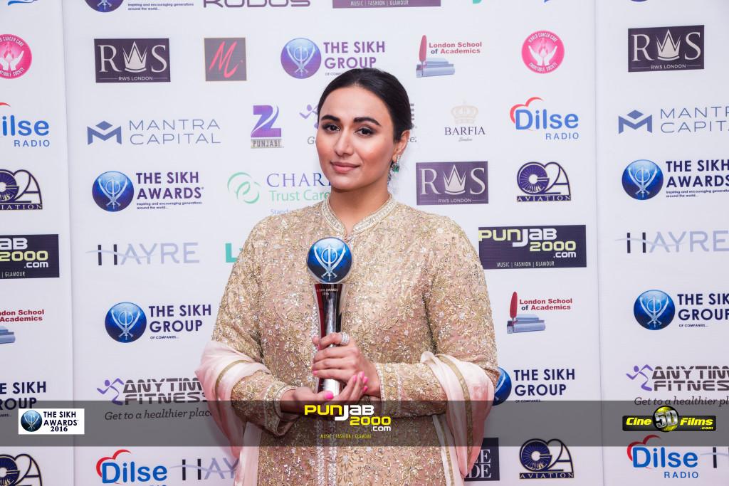 Mrs  Manika  Kaur