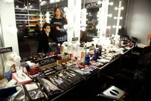 Backstage (1)