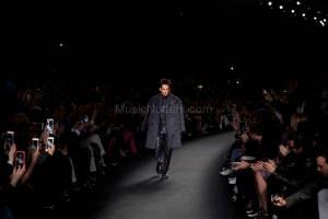 Derek Zoolander And Hansel Walk The Runway At The Valentino Fashion Show During Paris Fashion Week (8)