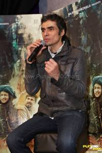 Highway Press  Confrence (13)