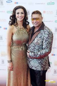 Host Sameena Ali Khan with Taz of Stereo Nation at the Asian Business Awards Midlands