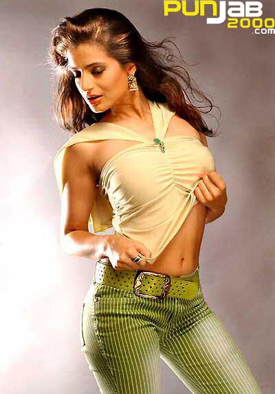 Amisha Patel Bollywood Actress