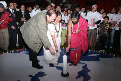 World Famous Peace Leader Breaks Guinness World Record