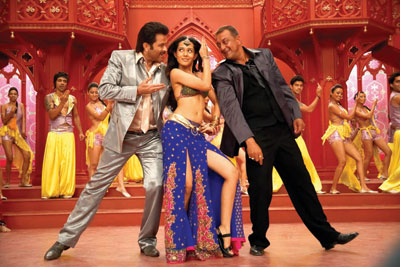 Anil, Amrita and Sanjay in 'Luck'