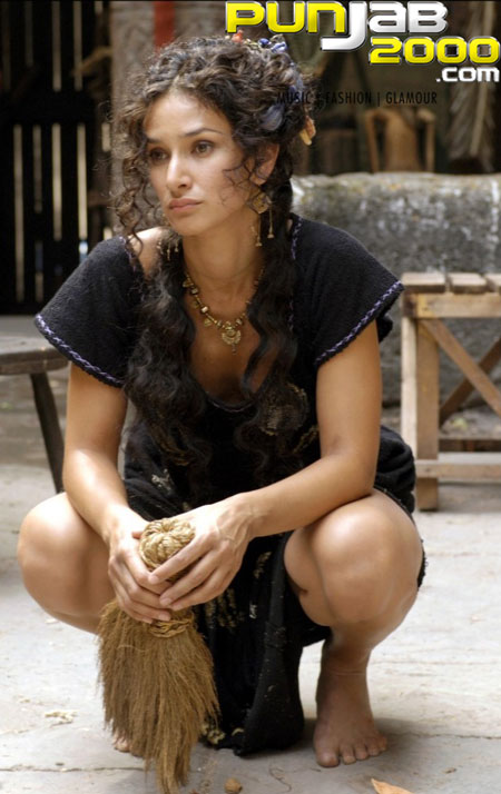 Indira Varma In Rome