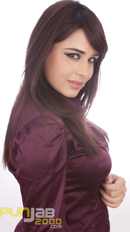 An Interview with Mandy Takhar (picture courtesy Ricky Combo