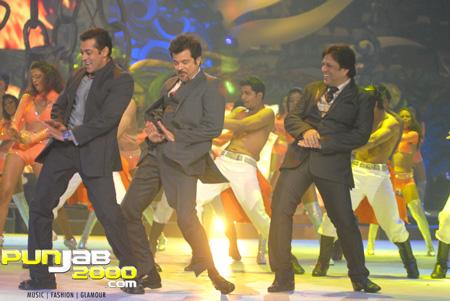 Govinda, Anil Kapoor and Salman Khan put on a stellar performance on IIFA Awards night 2
