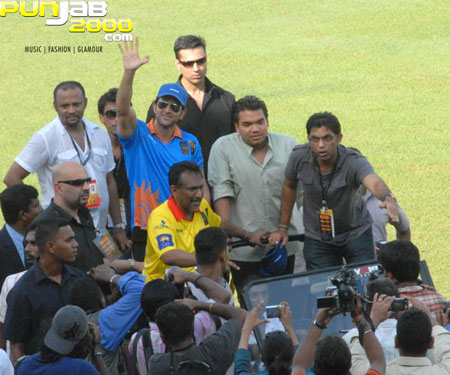 Hrithik Roshan at the IIFA Celebrity Cricket Match
