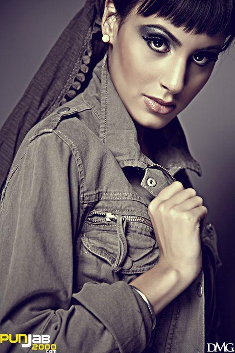 Deana Uppal1