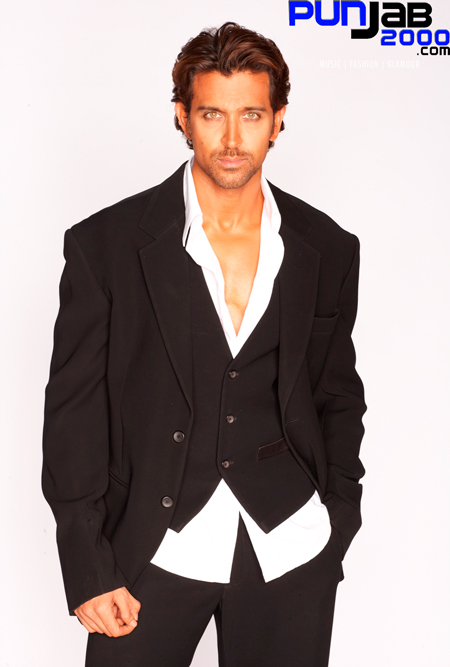 Hrithik Roshan Crowned World's Sexiest Asian Man!!