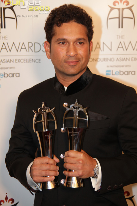 Sachin Tendulkar at the 2010 Asian Awards