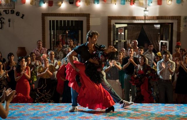 Hrithik Roshan turns up the heat in the hottest film of the Summer - 'Zindagi Na Milegi Dobara'