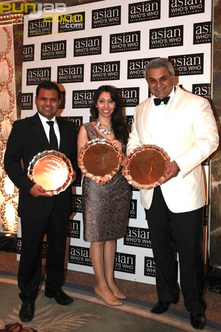 L-R Rajesh Agrawal, Natasha Mudhar, Dr Rahul Nanda