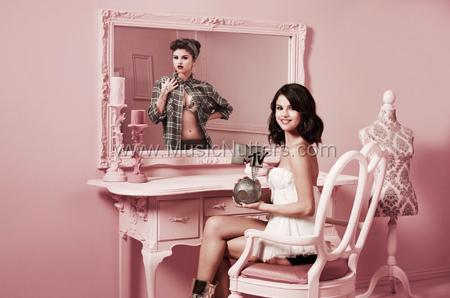 Selena Gomez, the host ofthe 2011 MTV EMAs 2011
