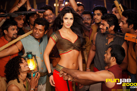 Bollywood Star Katrina Kaif sets Tinseltown ablaze with her 'Chikni Chameli' thumkas!
