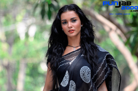 Amy Jackson, confesses her love of wearing traditional Indian clothes ' Ekk Deewana Tha'