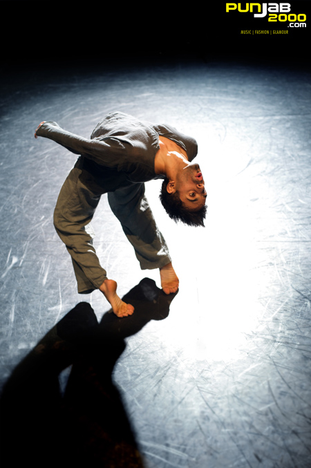 Rising Aakash Odedra Review