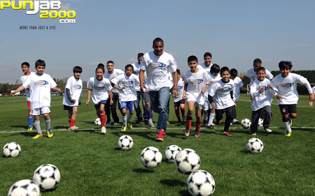 ASIAN STARS AND FLORENT MALOUDA LAUNCH FOURTH ASIAN STAR APPEAL