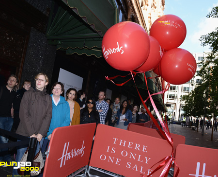Harrods Open Sale with Spectacular Performance