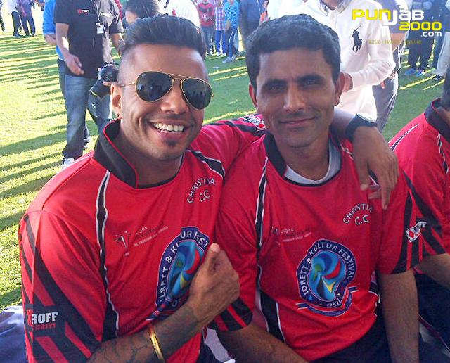 JuggyD with Abdul Razzaq