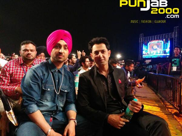 Diljit Dosanjh & Gippy Grewal at the PTC Punjabi Music Awards 2014