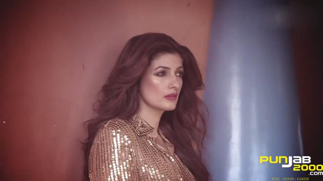 Twinkle-Khanna-Vogue-1