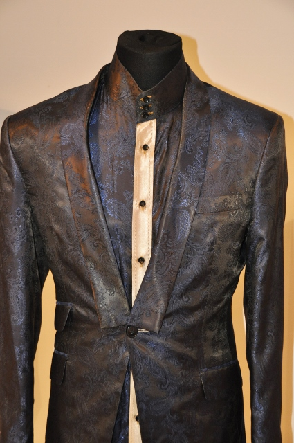 Chic navy blue paisley suit designed by Julien Trivedi*