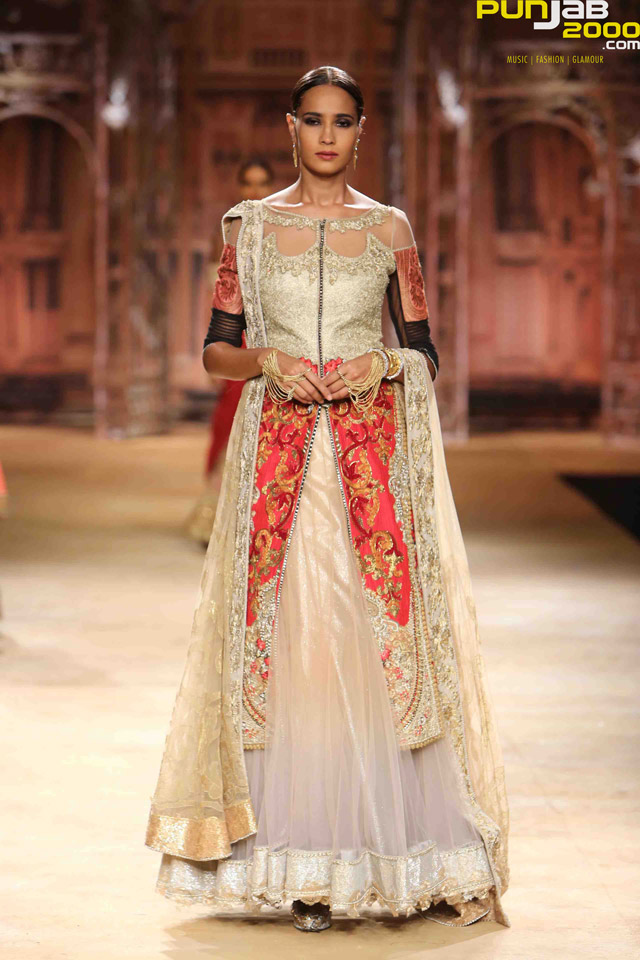 India-Couture-Week-2014--3