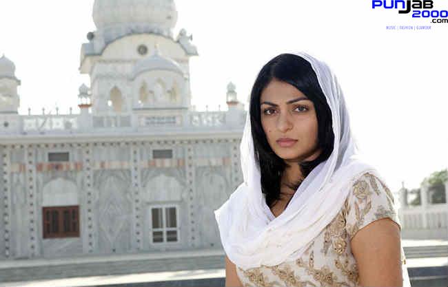 Neeru Bajwa (2)