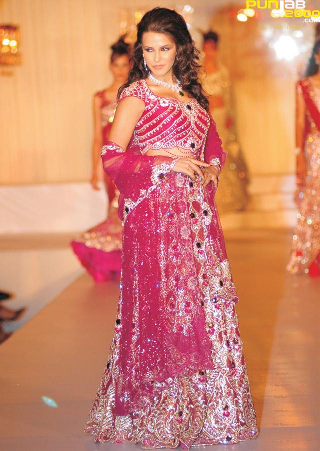 Bollywood-actress-Neha-Dhupia-waring-Anjalee-And-Arjun-Kapoor