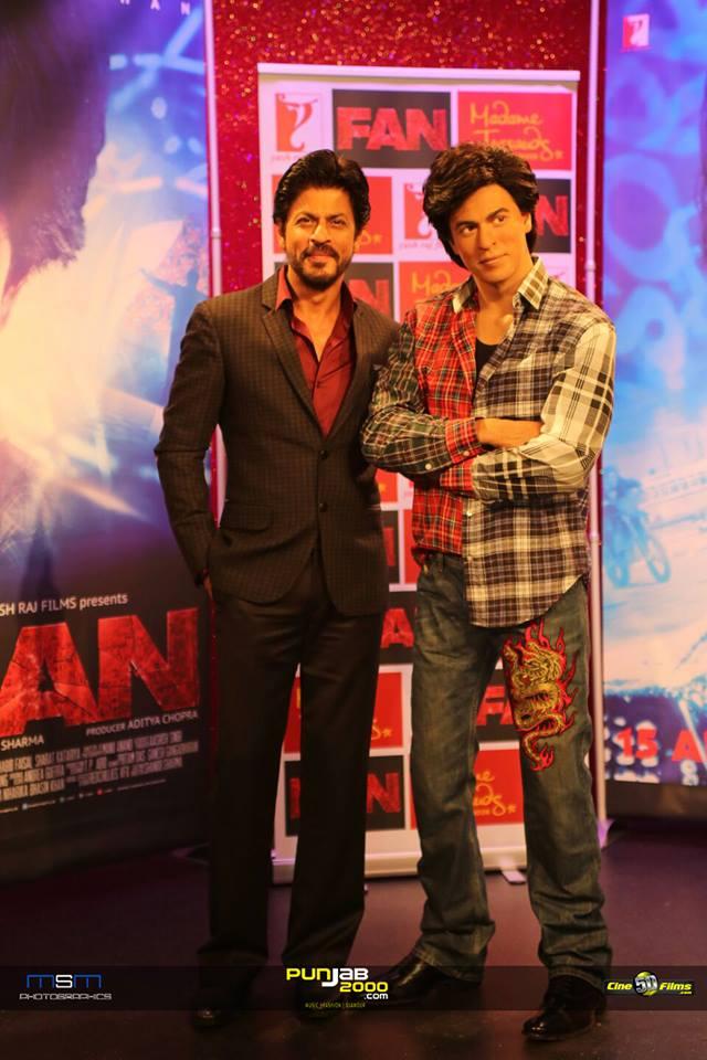 FAN - Shah Rukh Khan with Gaurav wax model